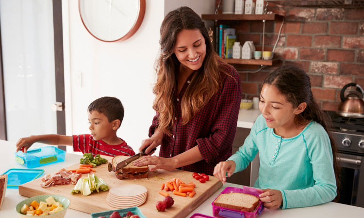 Tips for Packing Healthier School Lunches